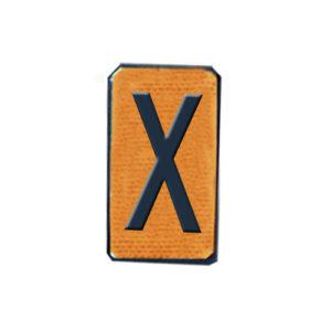 cifra X panel naranja